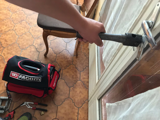 Partiendo bombin para abrir puertas